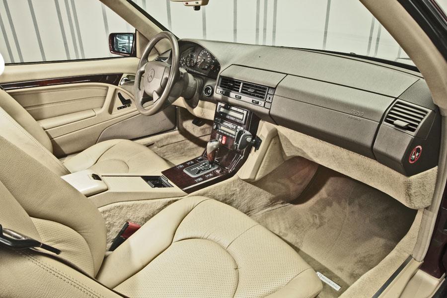 Mercedes-Benz R129 320 SL 19