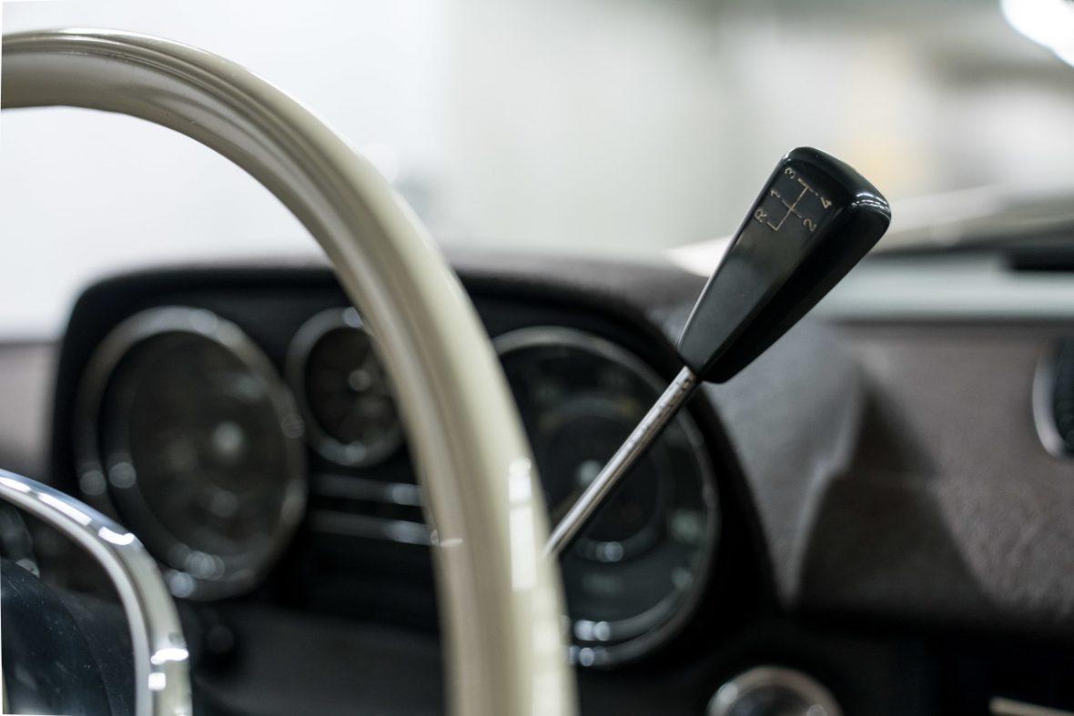 Mercedes-Benz 200 (W 115) 19