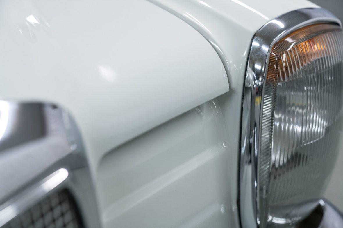 Mercedes-Benz 200 (W 115) 21