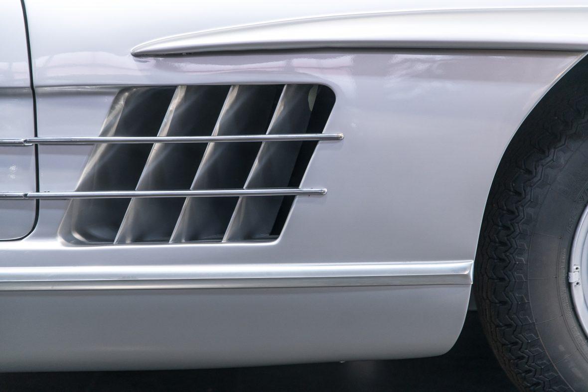 Mercedes-Benz 300 SL Roadster (W 198) 10