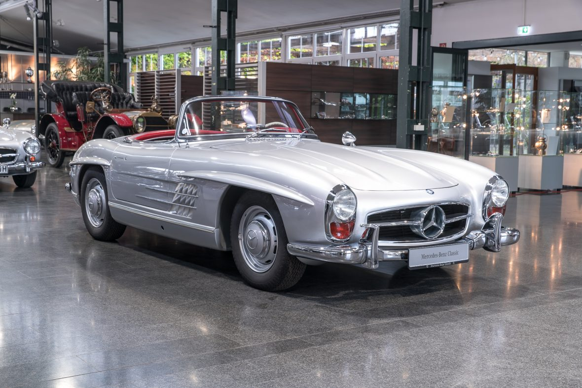 Mercedes benz 300 sl roadster w 198 mercedes benz de for Mercedes benz classic cars