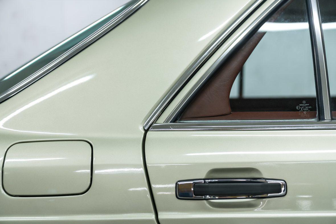 Mercedes-Benz 280 SE (W 126) 16