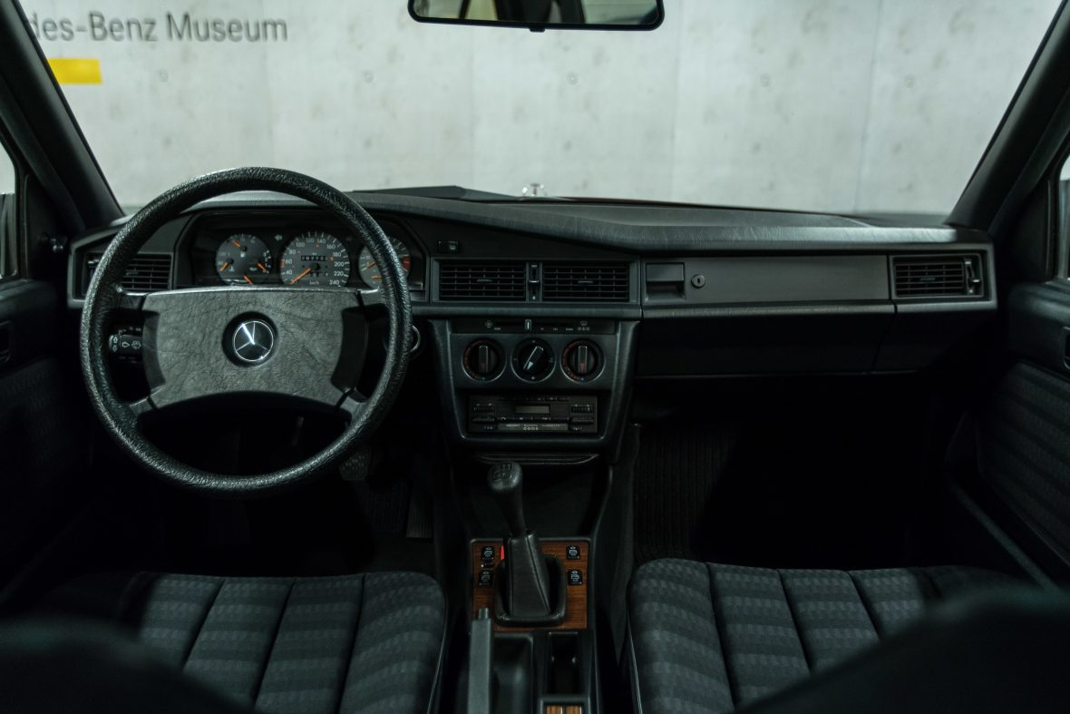 Mercedes-Benz 190 E 2.6 (W 201) 19