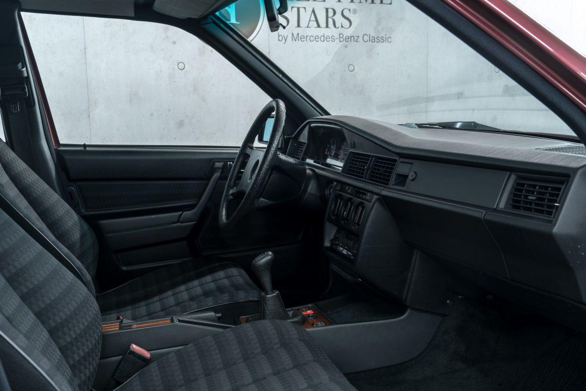 Mercedes-Benz 190 E 2.6 (W 201) 21