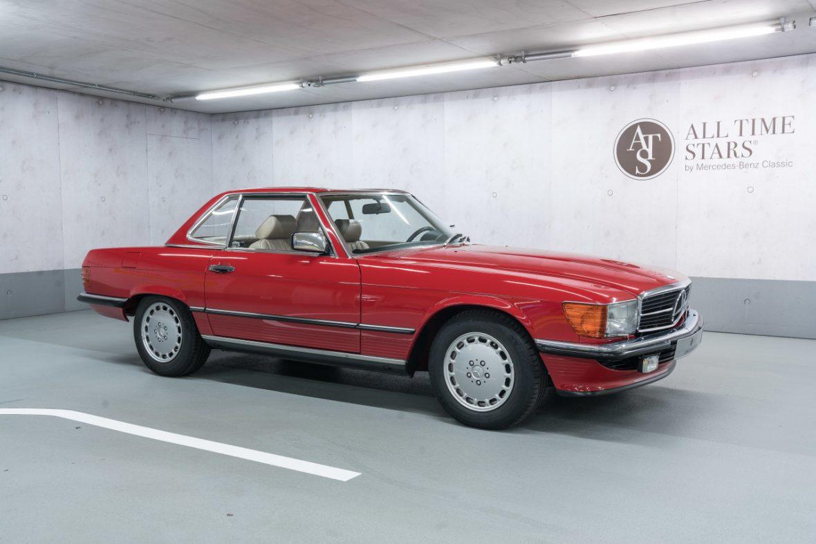 Mercedes-Benz 300 SL (R 107) 0