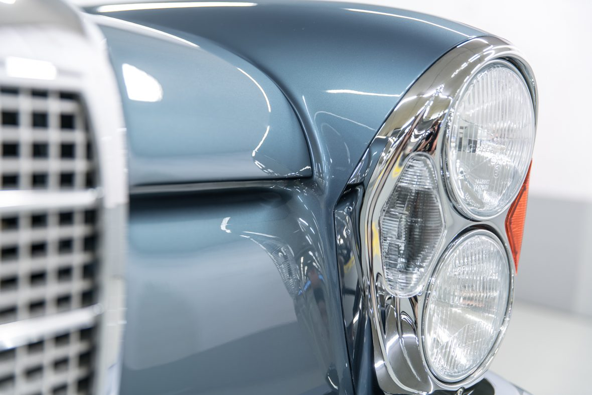 Mercedes-Benz 280 SE 3.5 Coupe (W 111) 17