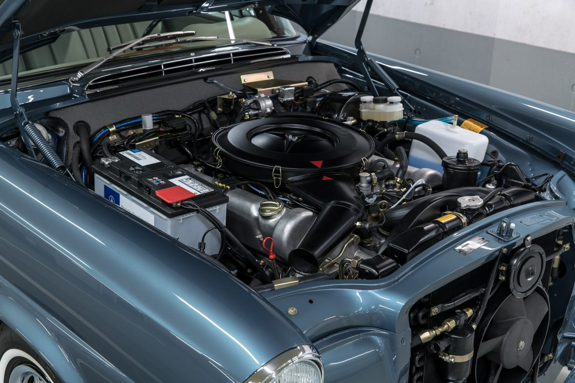 Mercedes-Benz 280 SE 3.5 Coupe (W 111) 31