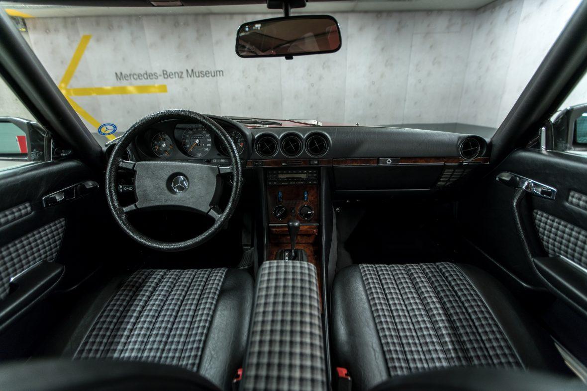 Mercedes-Benz 280 SL (R 107) 17