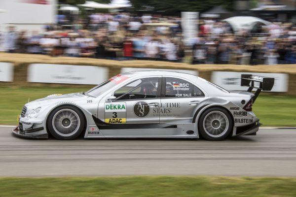 Rennwagen aus Formel 1 und DTM im Portfolio