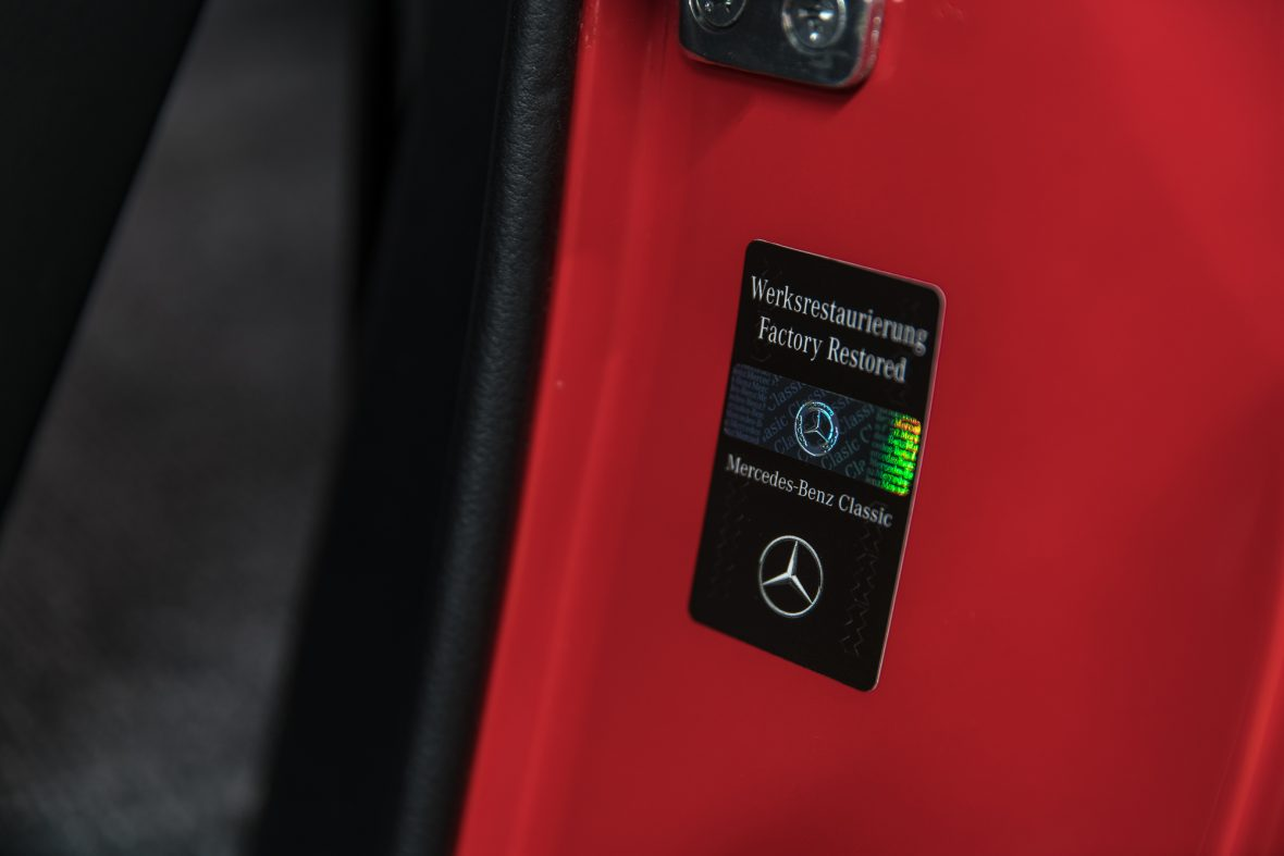 Mercedes-Benz 280 SL (W 113) 23