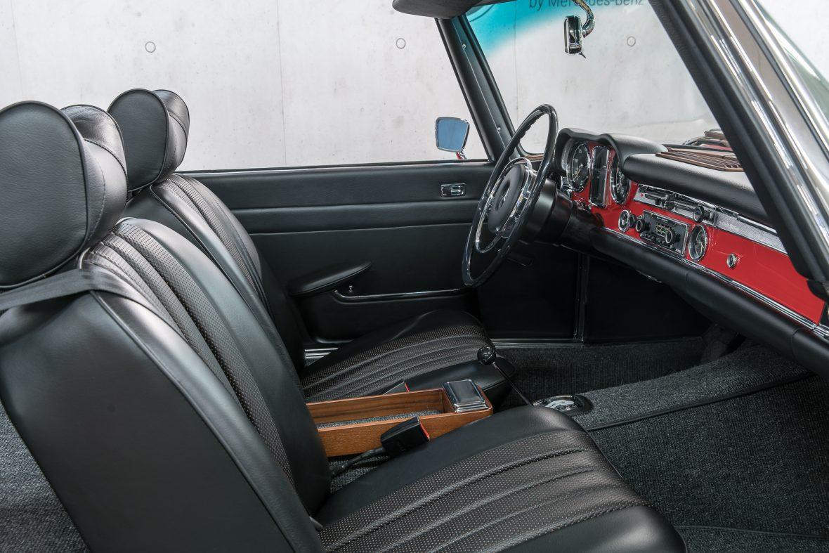 Mercedes-Benz 280 SL (W 113) 13