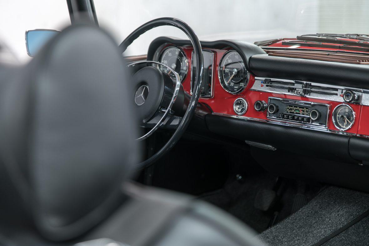 Mercedes-Benz 280 SL (W 113) 15